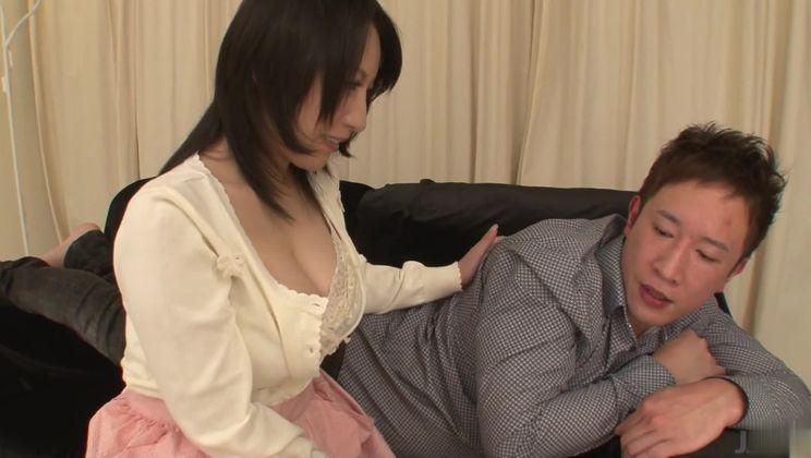 Enticing buxomy Japanese cleaning lady Yuuna Hoshisaki featuring hot creampie