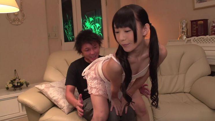 Juicy Japanese Marie Konishi fucks in her ass