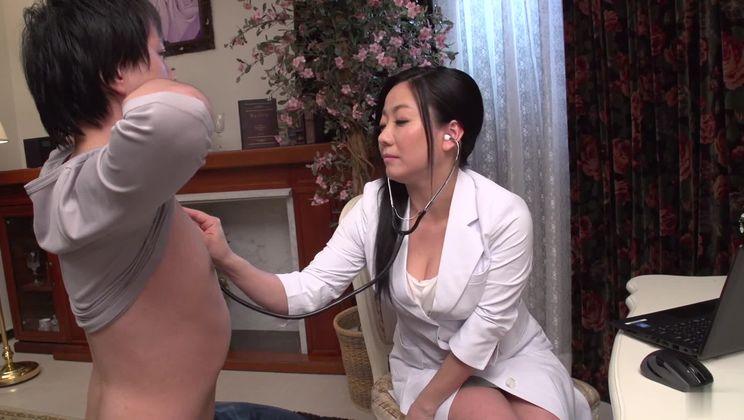 Godlike buxomy asian nurse Shino Izumi gives a magic blowjob