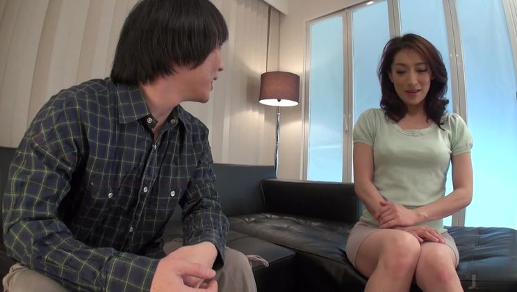 Beautiful Japanese Marina Matsumoto allows guy to cum inside