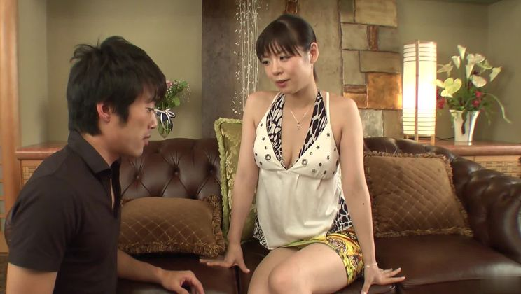 Enticing asian Nao Mizuki featuring hot sex action ending with cumshot