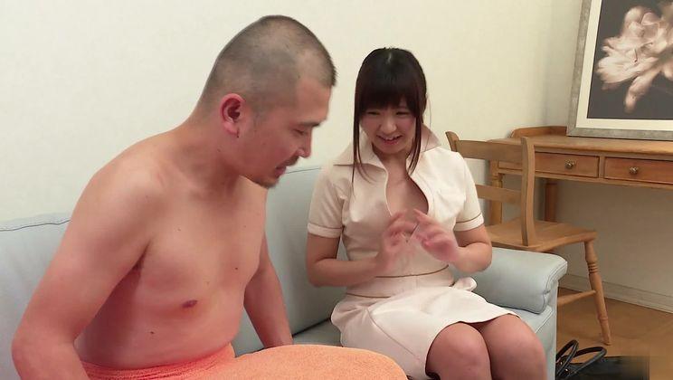 Sexy Japanese Yui Shimazaki giving a handjob