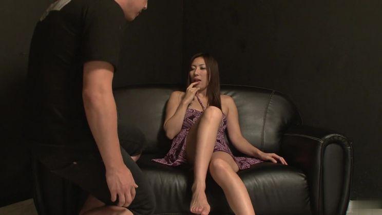 Seducing Japanese experienced lady Mirei Yokoyama is in love with creampie
