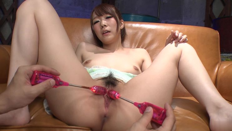 Stunning Japanese Hitomi Oki in cumshot XXX scene