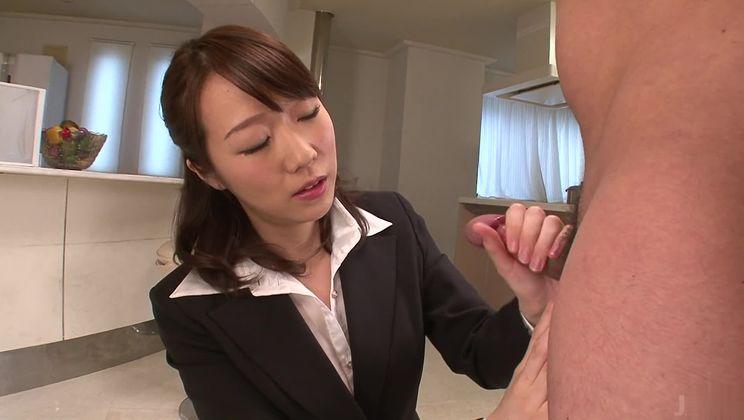 Classy asian Hitomi Oki is makeing dude cum