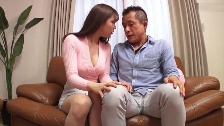 Seductive asian bitch