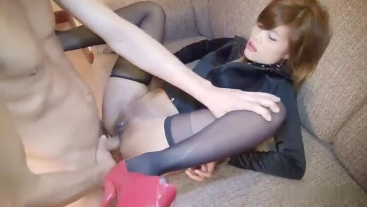 Gorgeous yellow-haired oriental whore featuring very sexy lingerie XXX video