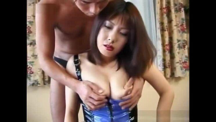 Cute asian slut in wild hardcore drilling