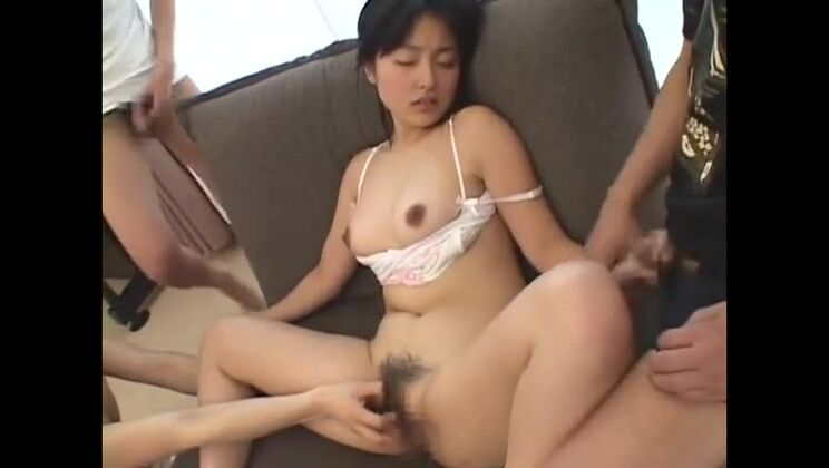 Seductive asian lady on real homemade porn video