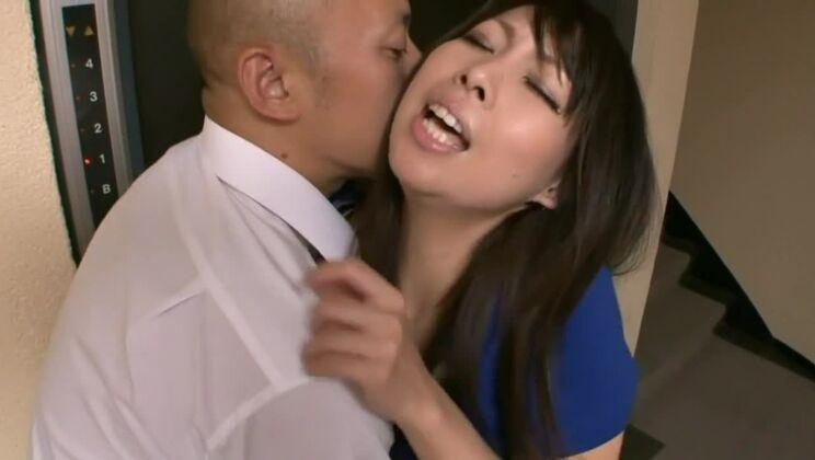 Tempting Japanese Chihiro Kitagawa