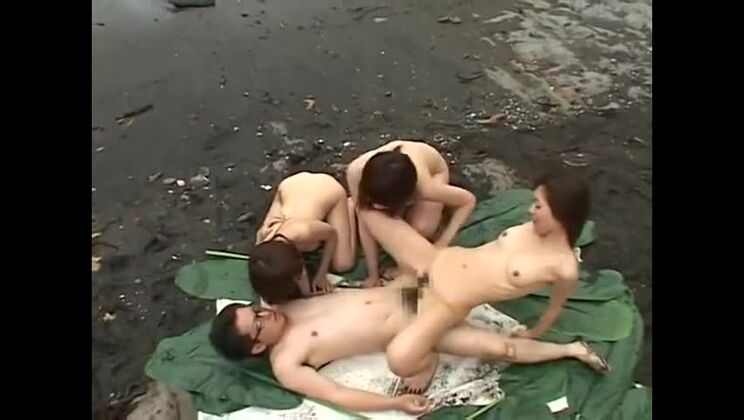 Bonny oriental harlot in fetish porn movie