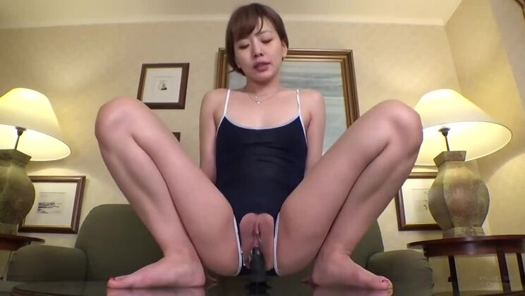 Pretty brunette Japanese lady performin in amazing amateur sex video