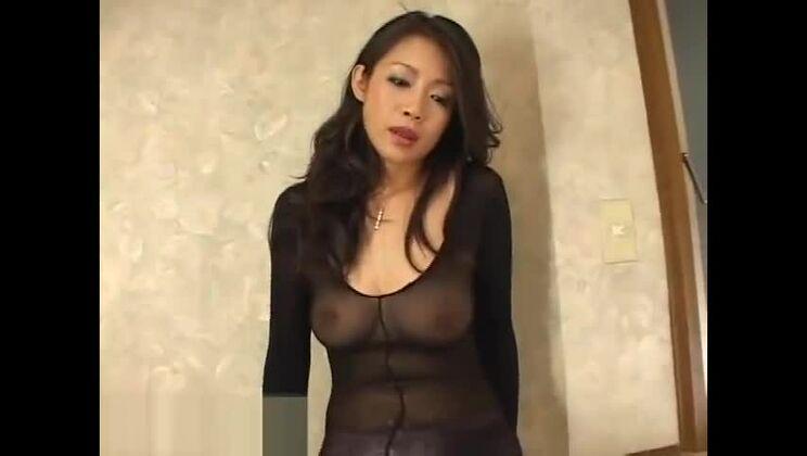 Marvelous oriental girl