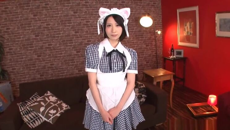 Pleasing Japanese hussy having a hot XXX cosplay experience