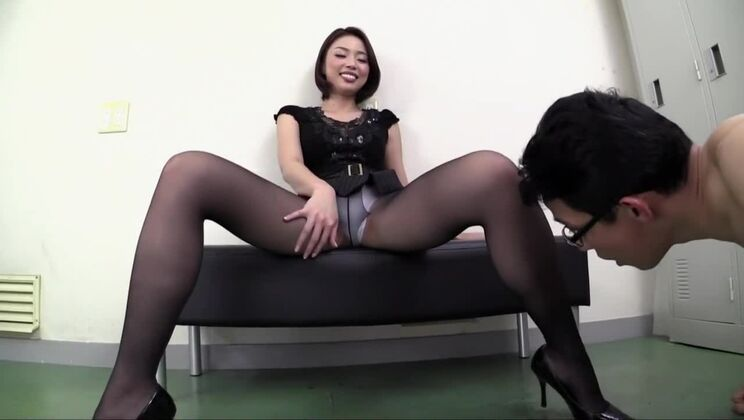 Fetching Japanese lady featuring beautiful fetish sex video