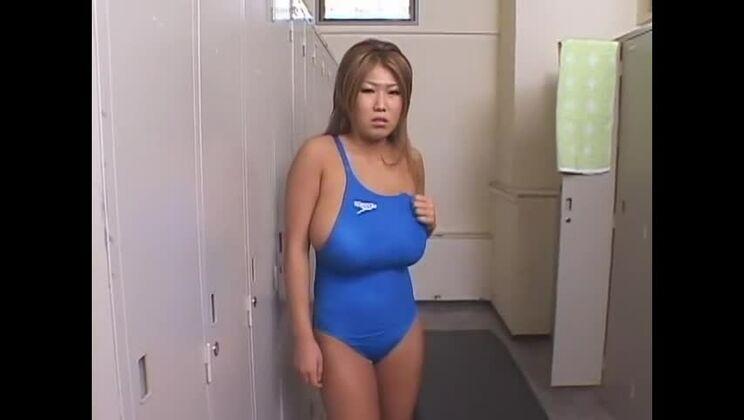 Pleasing breasty asian Rui Akikawa