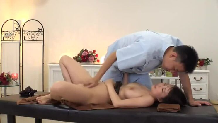 Gorgeous asian whore in private amateur sex tape
