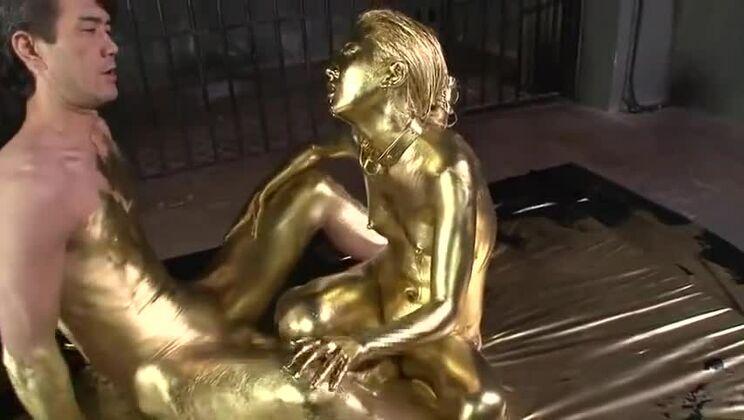 Gold Bodypaint Fucking Japanese Porn