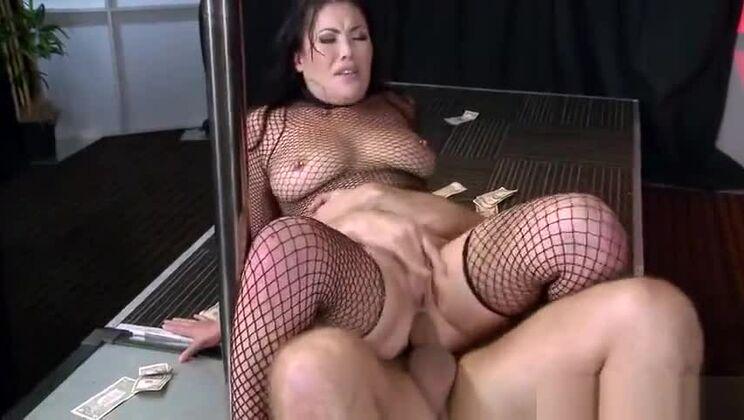 Pornstar porn video featuring London Keyes and Keiran Lee