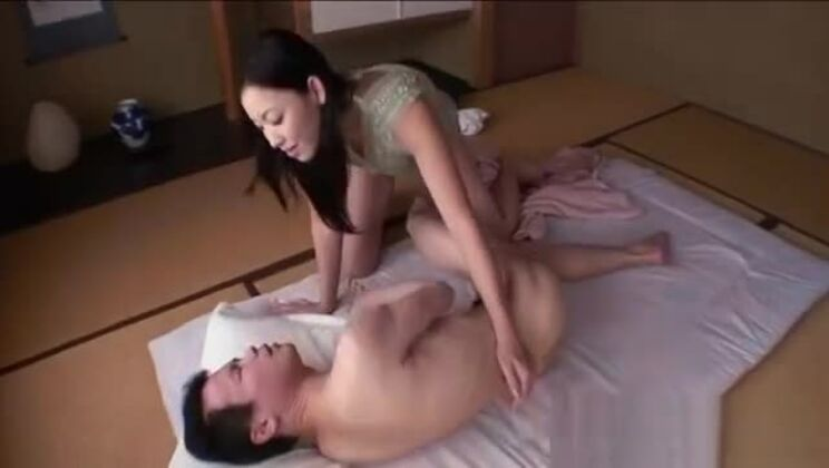 Pretty Japanese babe's cunt is wet from uncouth banging