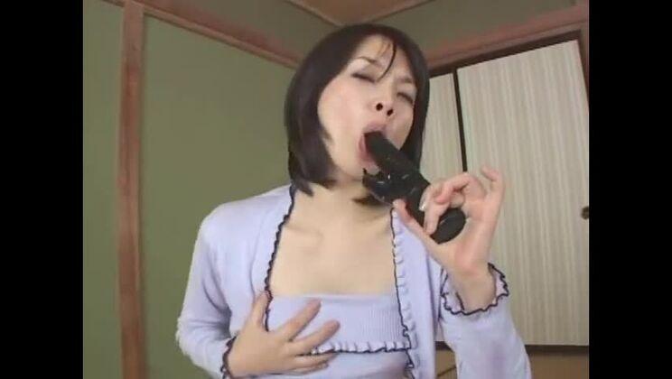 Crazy Japanese slut Tina Yuzuki, Moe Oishi, Noa in Exotic Blowjob, Small Tits JAV video