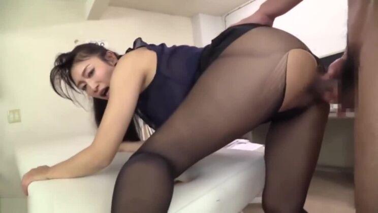 Reiko Kobayakawa milf in pantyhose