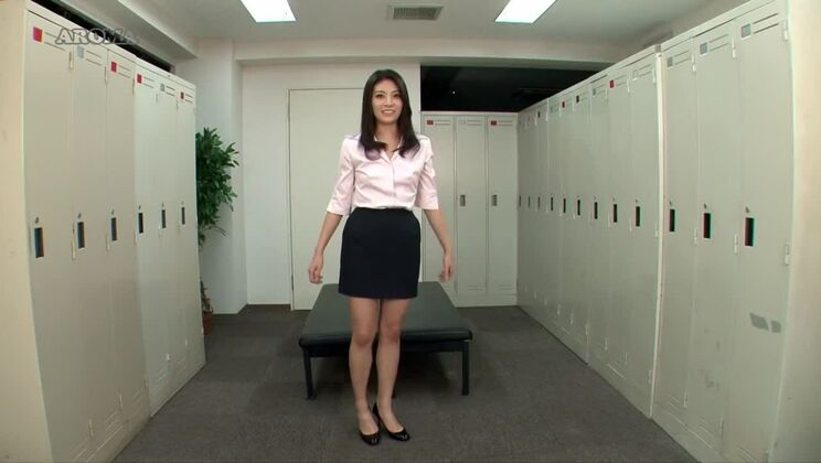 Amazing Japanese slut in Incredible Solo Female, Changing Room JAV video