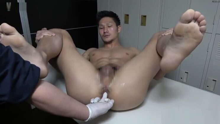 (JAPANESE) THEN HE PISSED HIMSELF