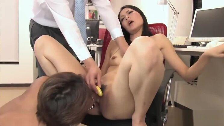 Japanese AsianOffice MILF 3sum